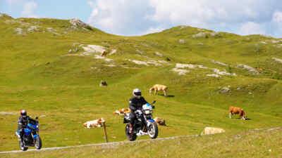 Motorradfahrer auf der Nockalmstrasse