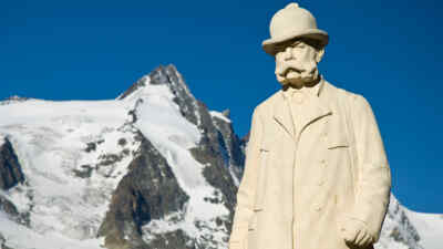 Emperor Franz Joseph statue in front of the Grossglockner