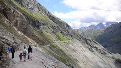 Der Gamsgrubenweg nahe der Hochalpenstraße