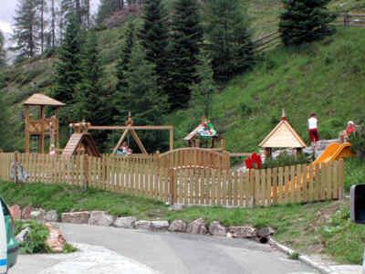 Einladende Kinderspielplätze an der Hochalpenstraße
