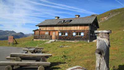 Hüttenzauber in der Berghütte Mesenaten