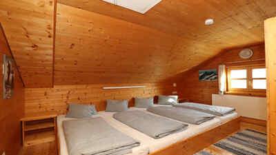 Mehrbettzimmer in der Mesenaten Hütte am Großglockner
