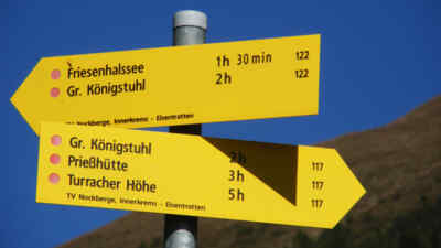 Hinweisschilder Nockberge